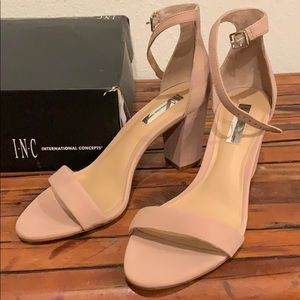 Blush thick heel INCheels 👠 worn once for an hour